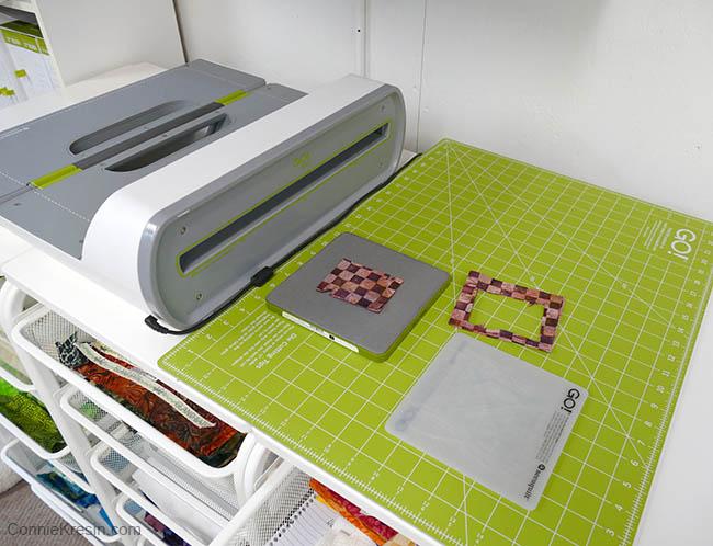 simple pinwheel quilt table runner tutorial AccuQuilt GO! cutter