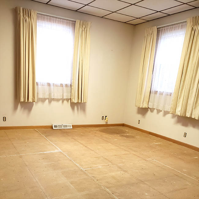 Living room carpet gone
