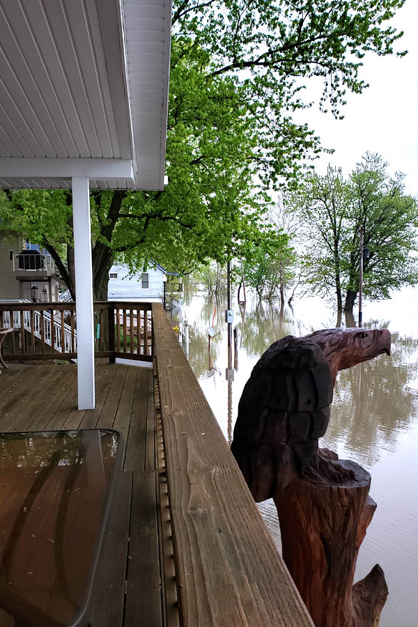 Mississippi river flooding in Iowa