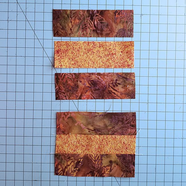 Log cabin placemat tutorial first strips