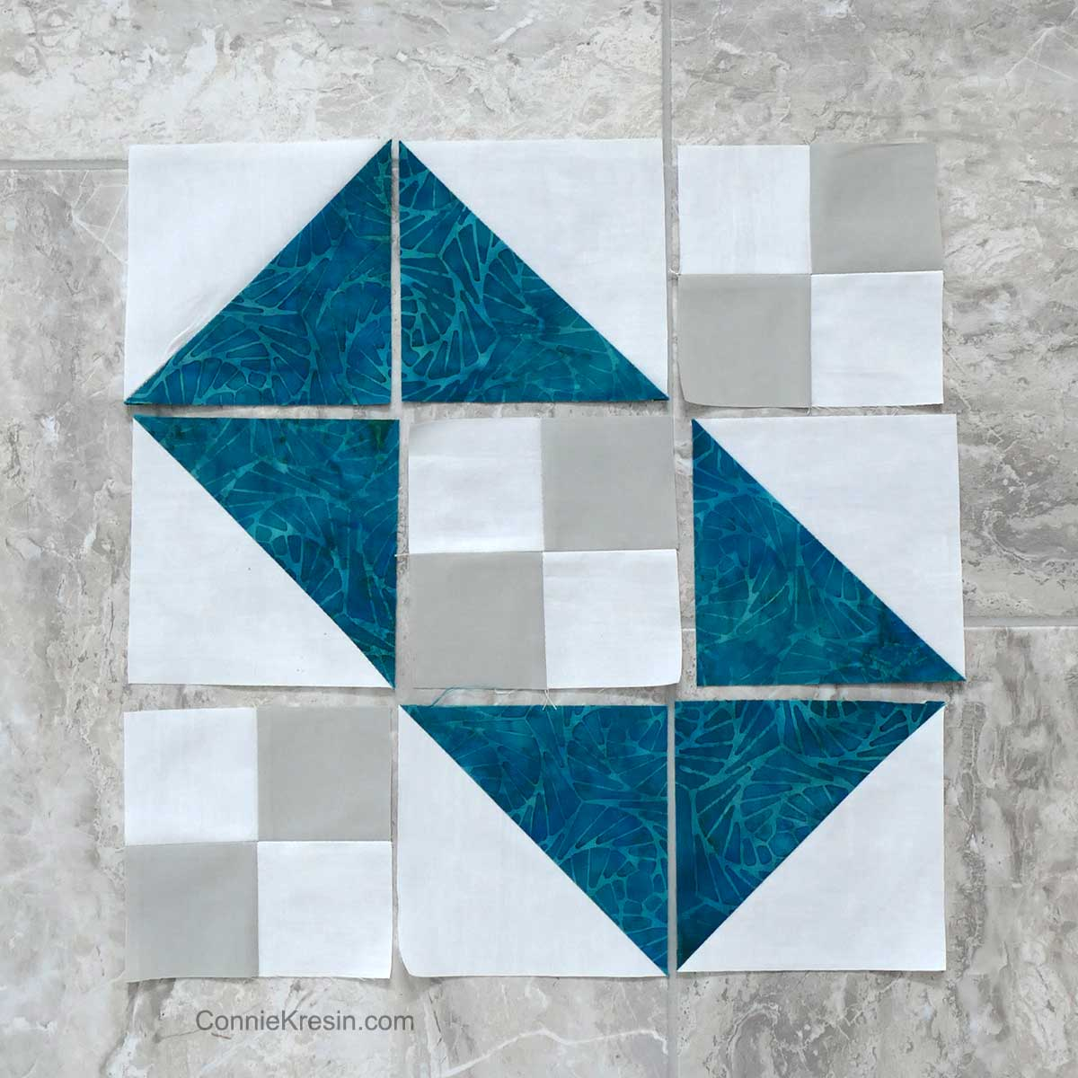 Jacob's Ladder Box quilt block variation for a 12 inch block