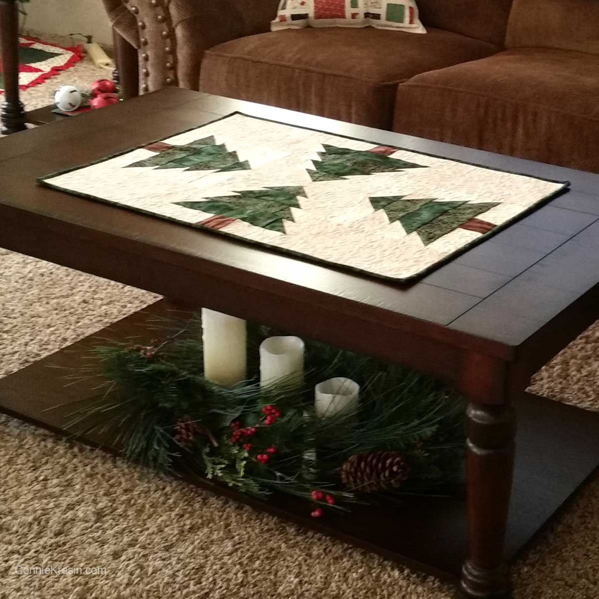 Christmas Tree Tablerunner resized tutorial