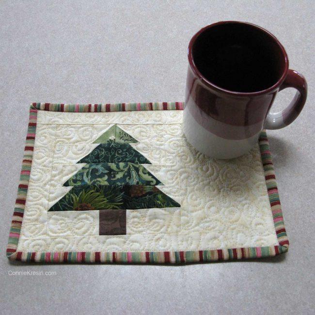 Quilted Christmas Tree Mug Rug tutorial