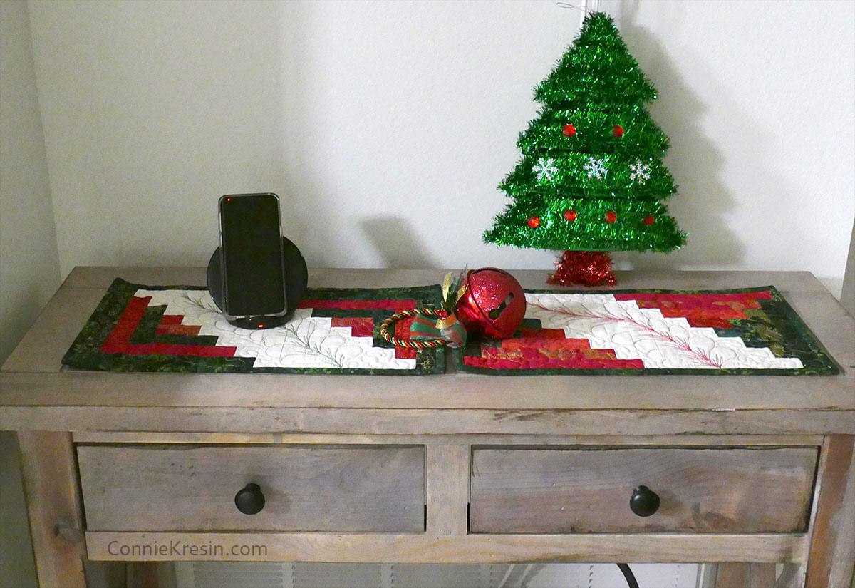 Log Cabin Mini Tablerunner on table