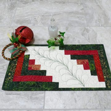 Min Log Cabin Table Runner for Christmas