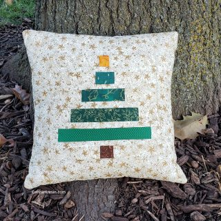 Wonky Christmas Tree Pillow Tutorial