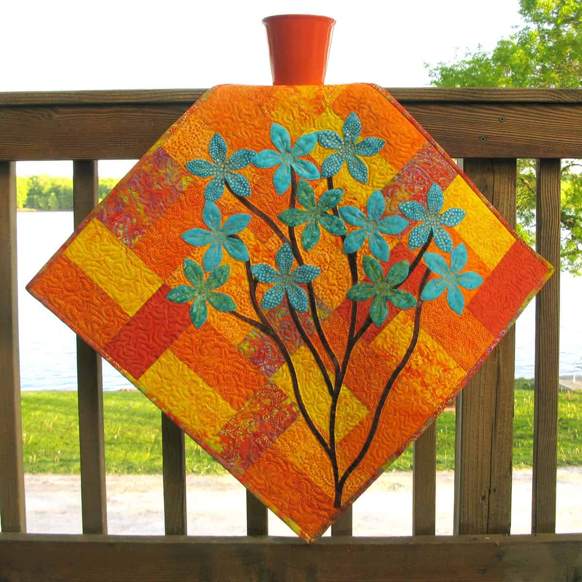 Applique quilt wall hanging