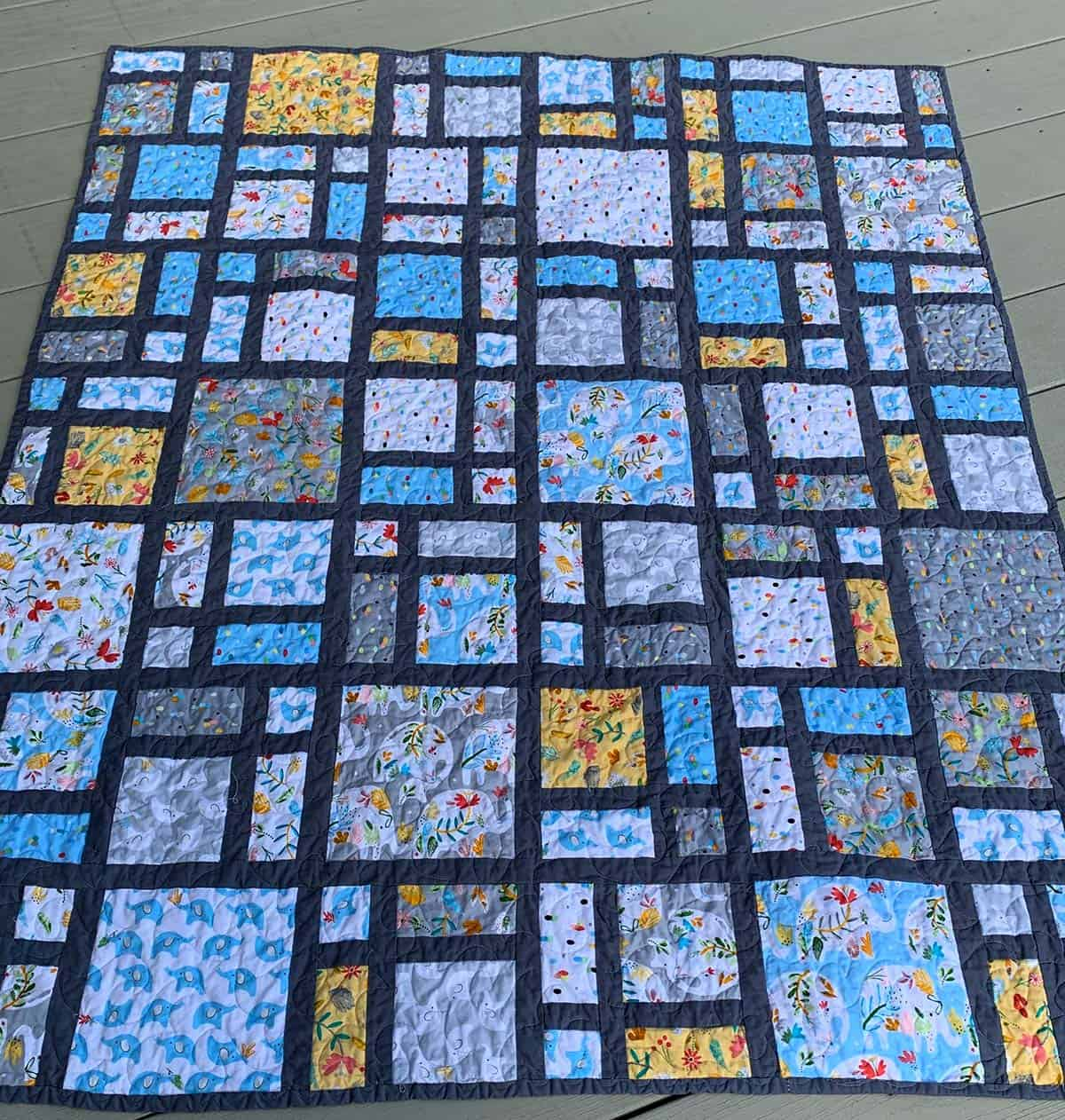 Scattered quilt made by Nancy