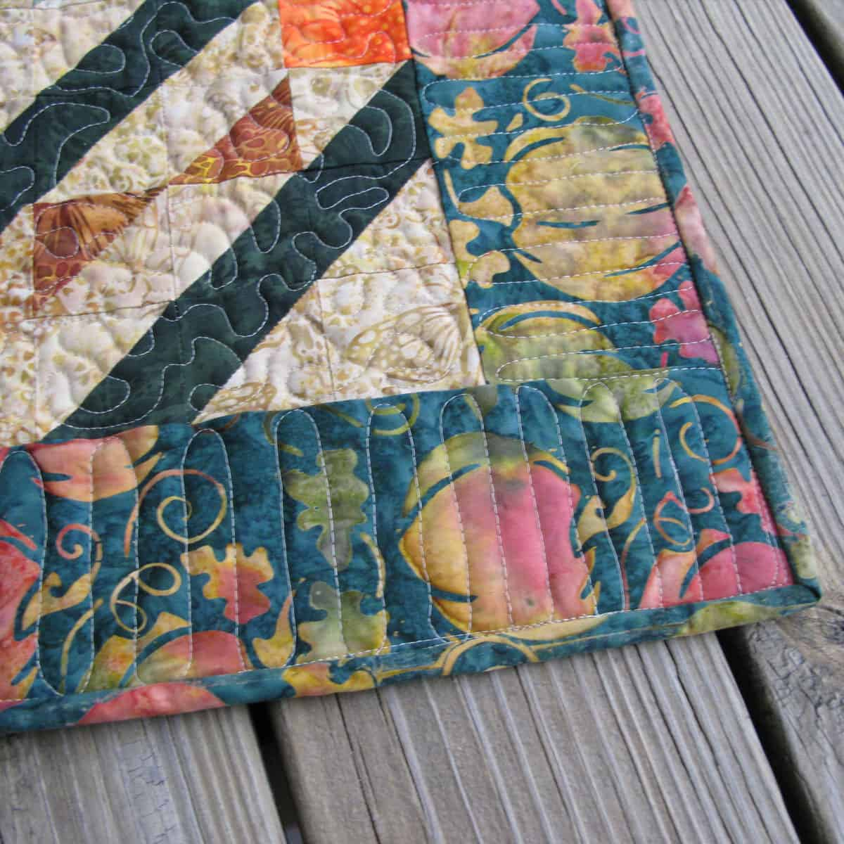 Closeup of quilting on Arrowhead table topper