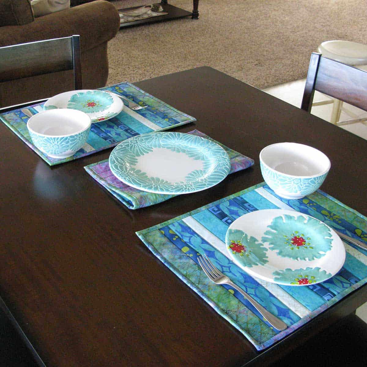 QAYG Island Batik Placemats table