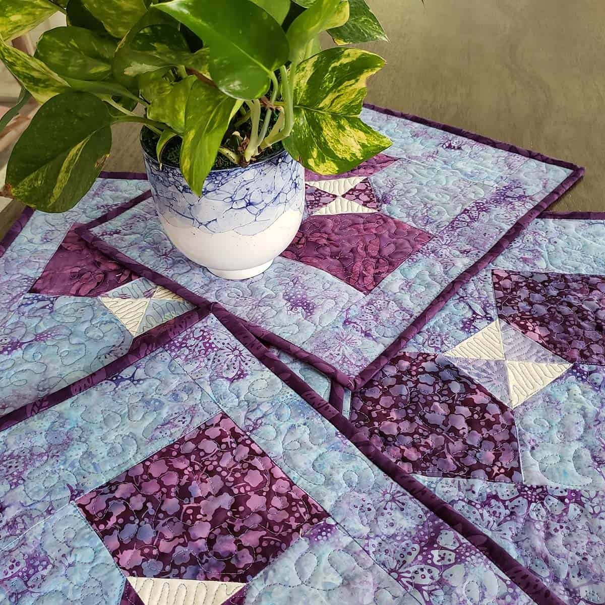 Tutorial for Bow tie quilted place mats