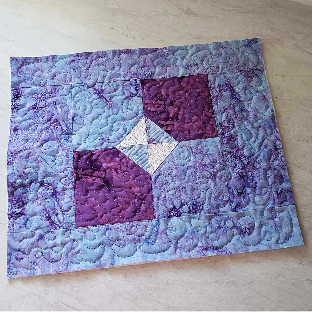 Bow tie quilted placemats free motion quilting