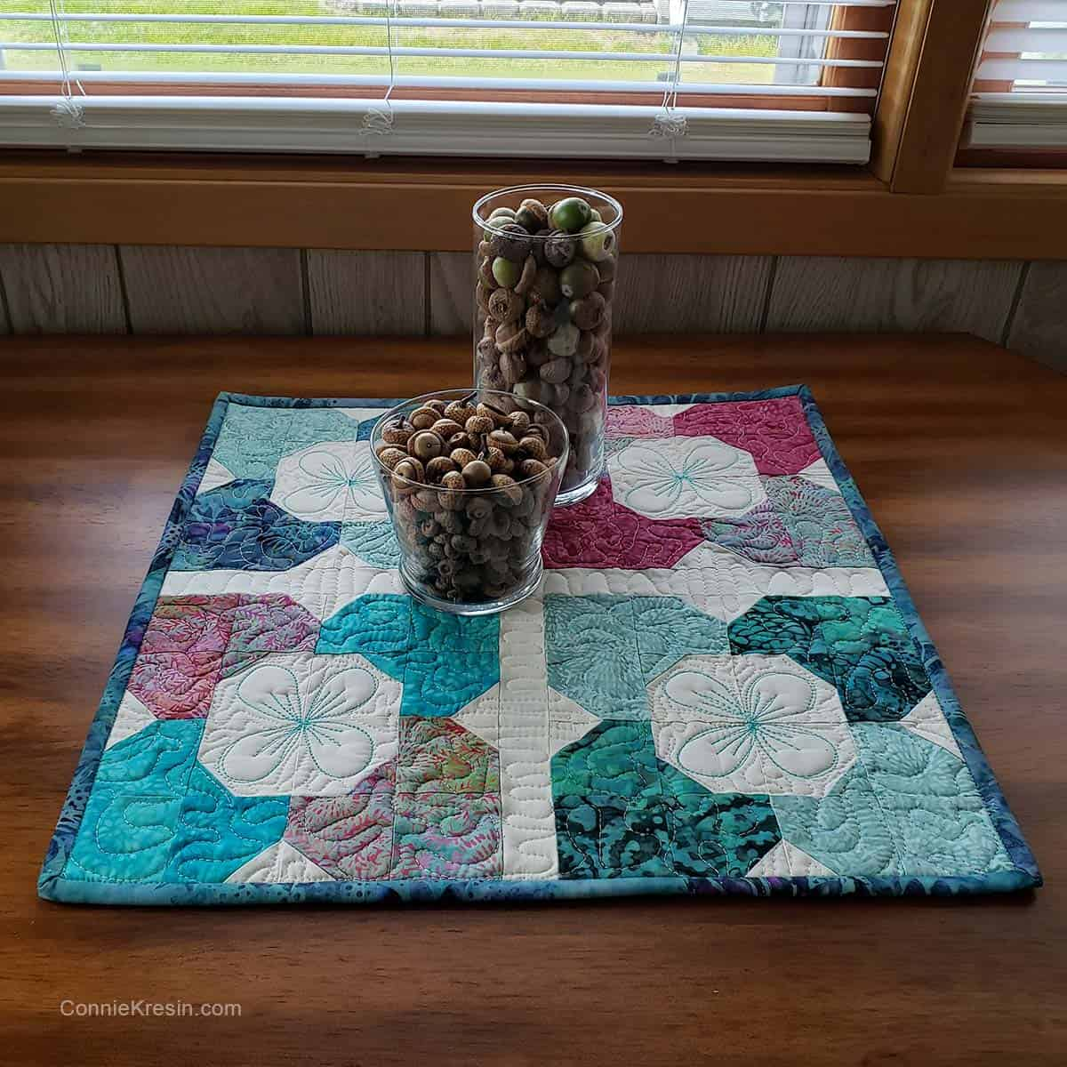 Morning Glory table topper with acorns