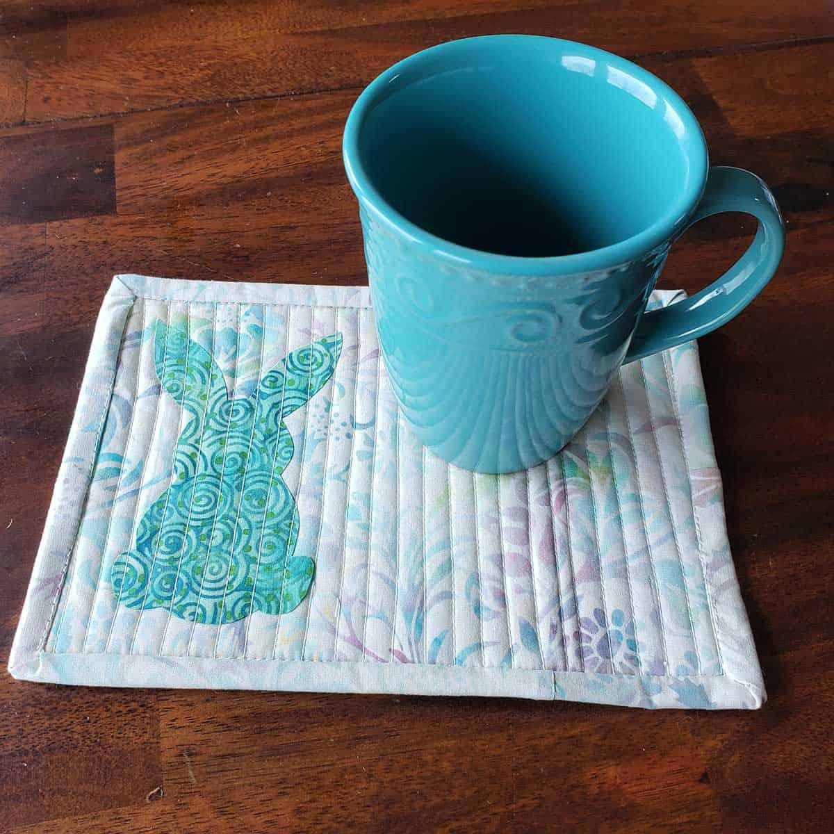 Patchwork rabbit mug rug