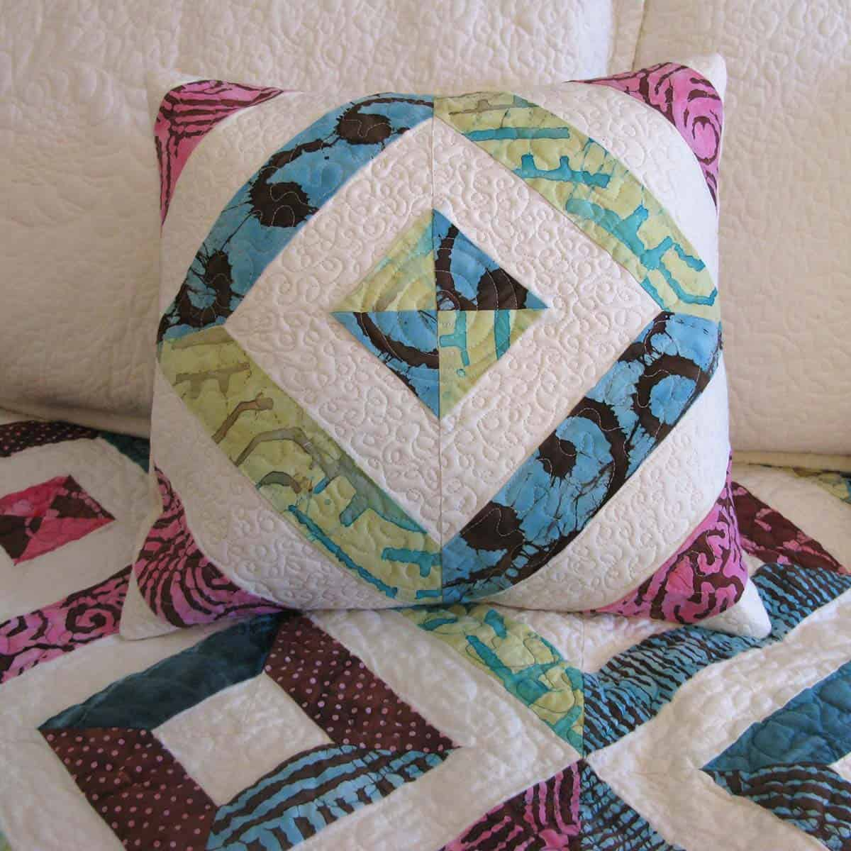 Petunia Strings pillow in other colors