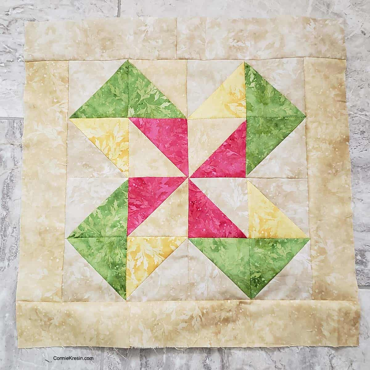 Pinwheel quilt block blending