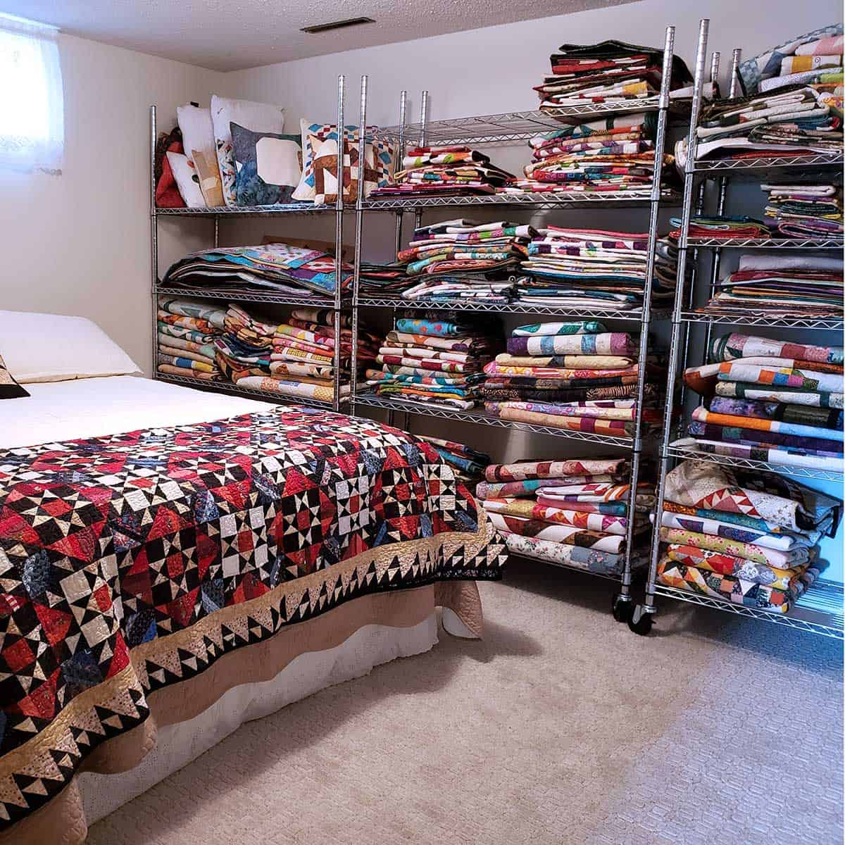 Quilts on shelves