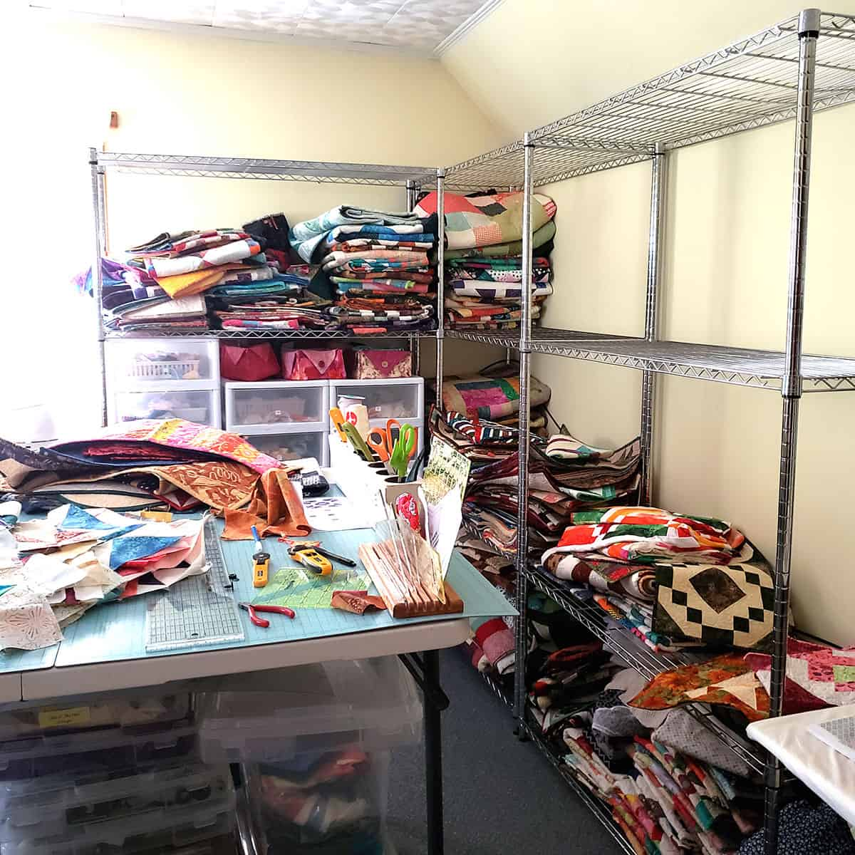 Emptying off the racks of quilts