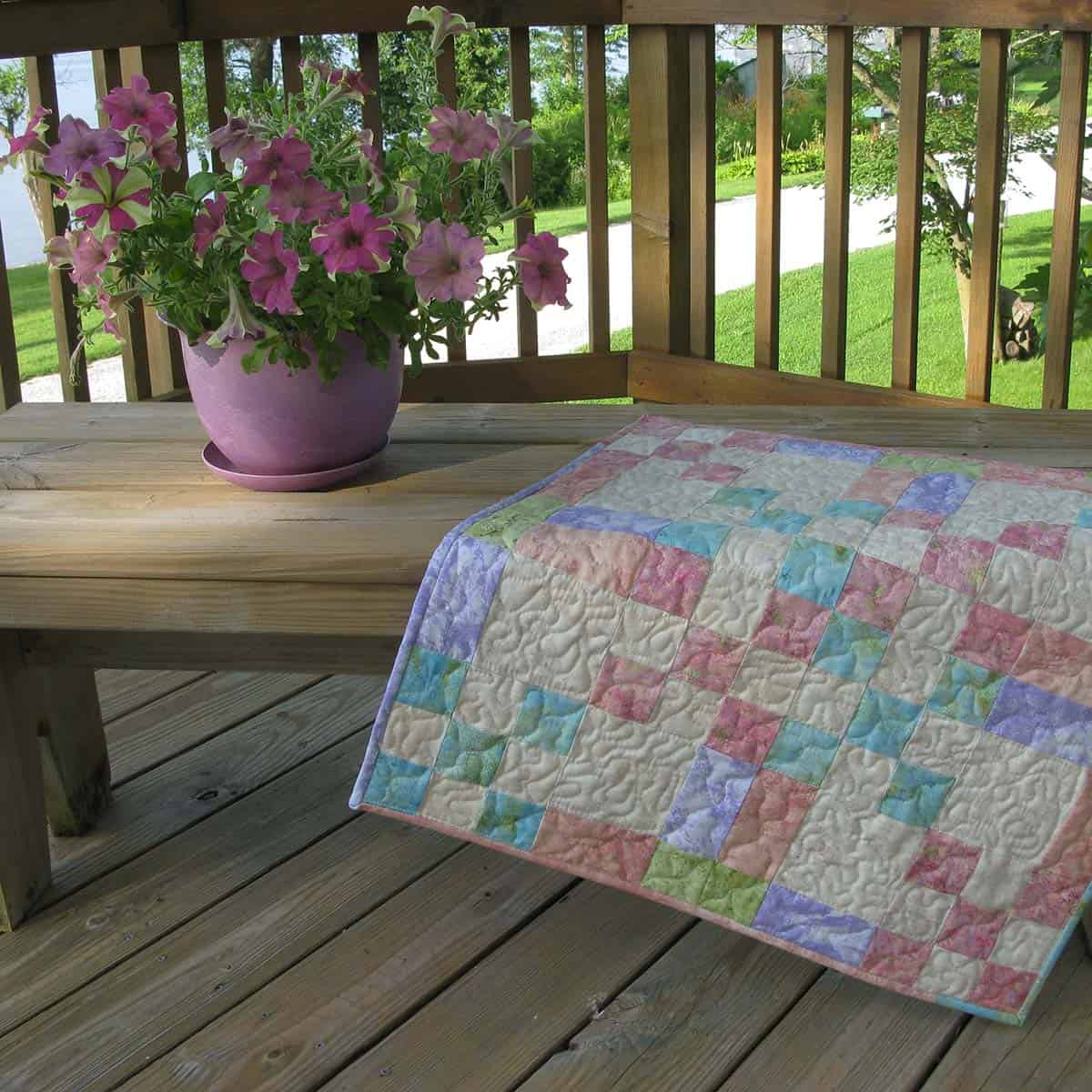 Summer table topper