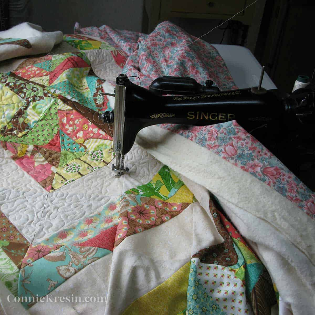 free motion quilting with my vintage 15-91 singer sewing machine