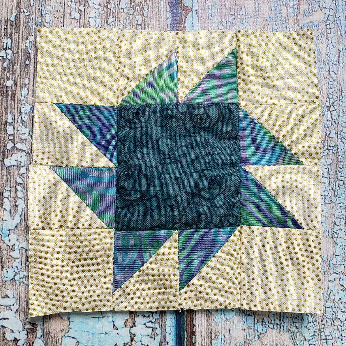 Square and Points quilt block finished