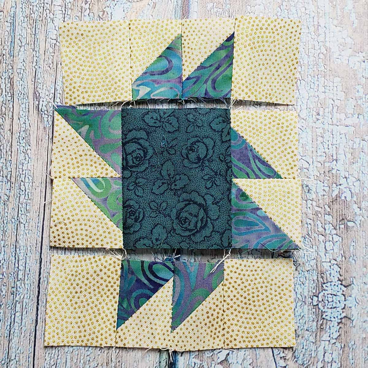 Rows of the Square and Points quilt block