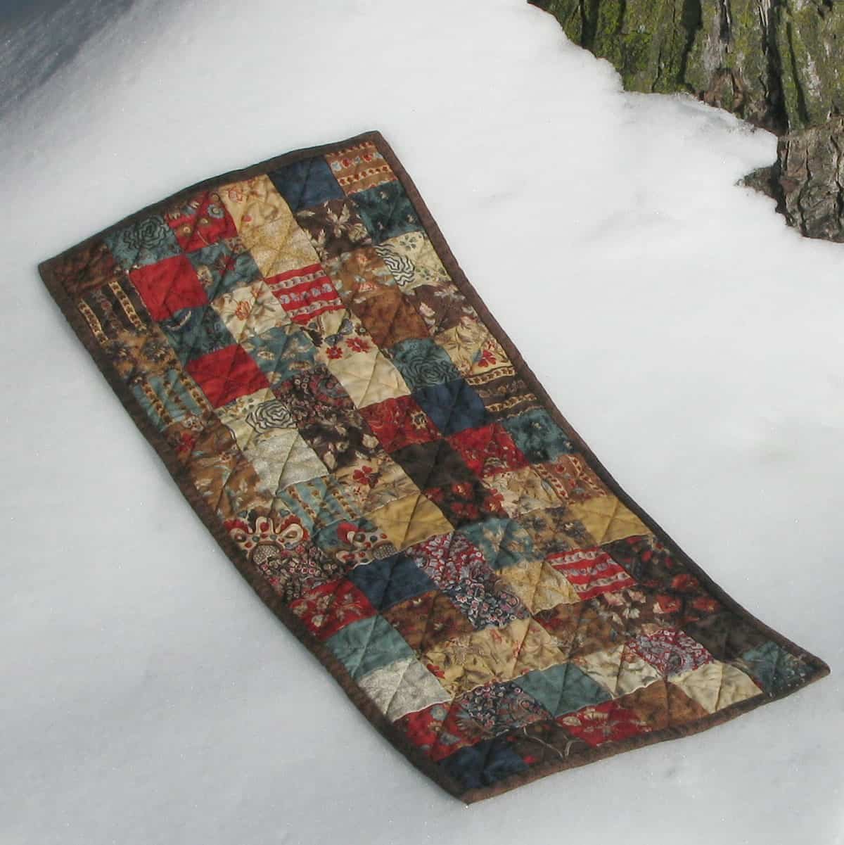Vintage chocolate table runner easy to make